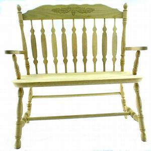 Royal Amish Bench