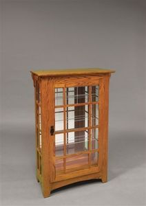 Amish Small Mission Curio Cabinet with Mullions