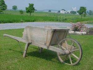 Amish Old Fashioned Wheelbarrow - Large Rustic