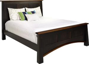 Amish Madison Panel Bed with Standard Footboard