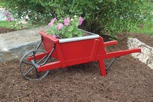 Amish Old Fashioned Mini Wheelbarrow - Premium