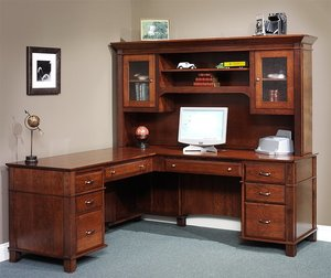 Amish Arlington Executive L Desk with Optional Hutch Top
