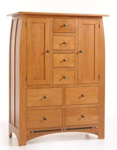 Amish Vineyard Chifforobe