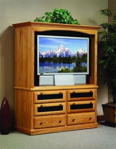 Amish Traditional Entertainment Center with Drawers
