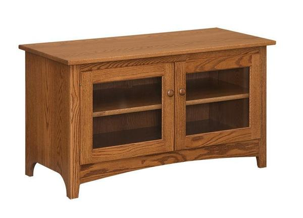"Amish 46"" Shaker TV Stand With 2 Doors"