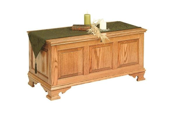 Amish Wakefield Oak Wood Large Classic Panel Hope Chest