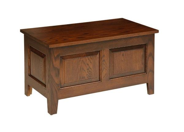 Amish Oak Wood Small Shaker Hope Chest