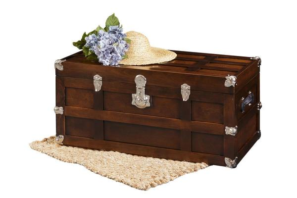 Amish Madeline Solid Maple Wood Trunk