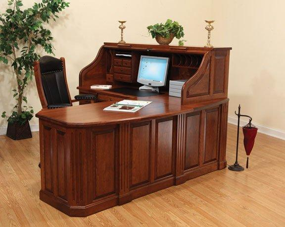 Fifth Avenue Executive Amish Corner Roll Top Desk