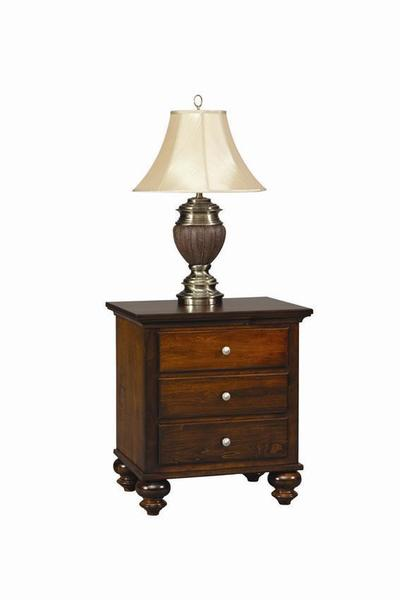 Amish Gardner 3 Drawer Nightstand