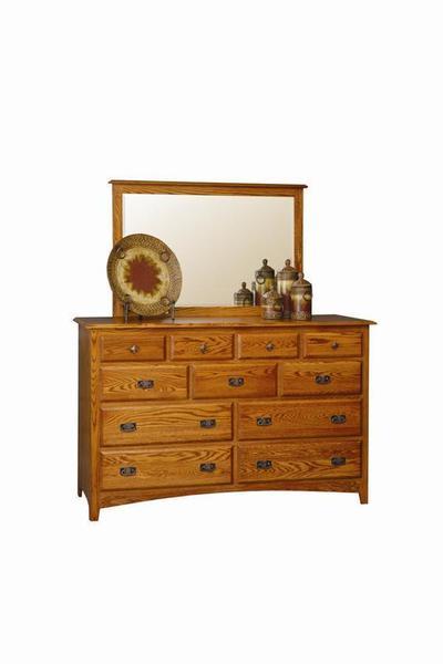 Amish Monterey Master Dresser