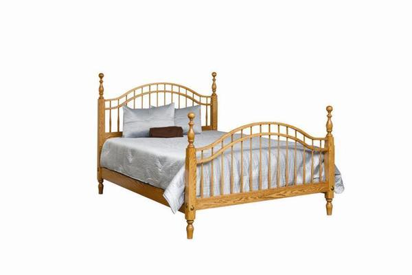 Amish Royal Classic Colonial Windsor Bed