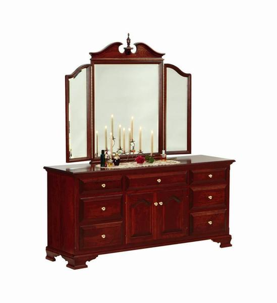 Amish Royal Classic Triple Dresser