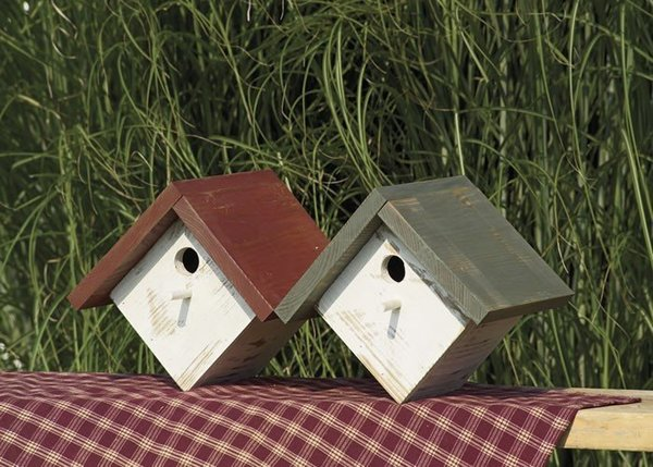 Amish Painted Rustic Wren Bird House