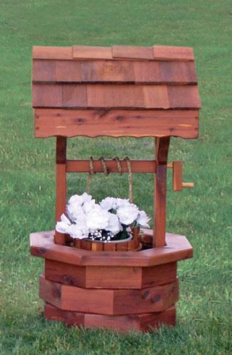 Amish Cedar Wishing Well - Medium