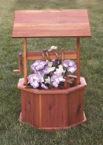 Small Amish Made Cedar Wishing Well