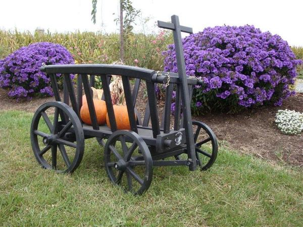 Amish Wooden Goat Cart - Medium Premium