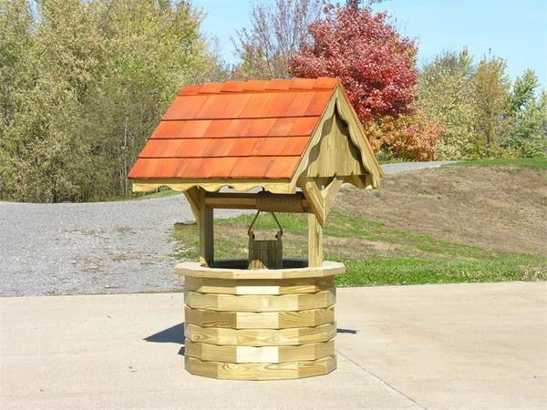 LuxCraft Garden Wishing Well with Cedar Roof - Large