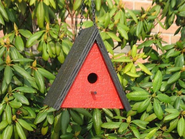 Amish Retro Triangle Bird House