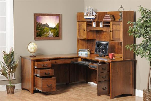 Amish Rivertowne L-Desk