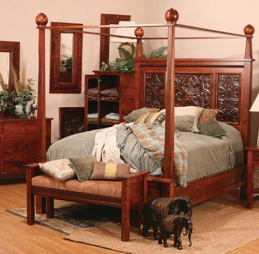Amish Columbus Bed with Canopy