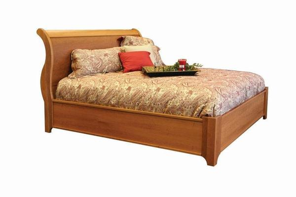 Amish Urban Modest Chic Sleigh Bed
