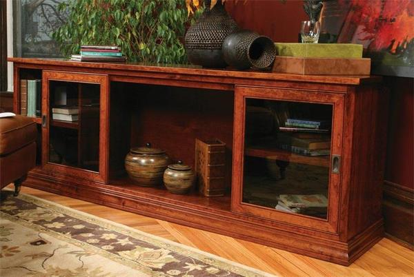 Amish TV Console with 2 Glass Sliding Doors