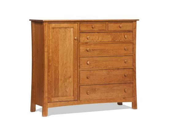 Amish Madison Avenue Gent's Chest