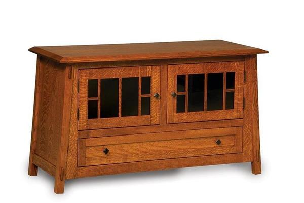 Amish Colbran TV Stand with Two Doors and Drawer