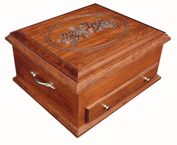 Amish Hardwood Silverware Chest with Rose Lid