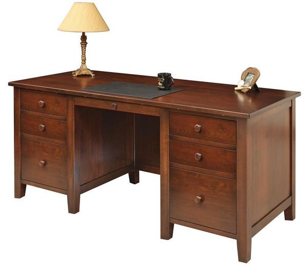 Amish Manhattan Executive Desk