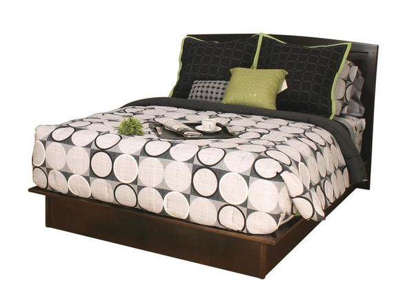 Amish Cardinal Contemporary Bed