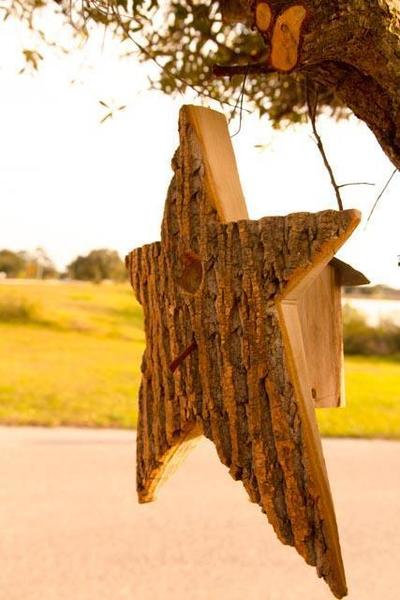 Amish Bark Wood Star Bird House