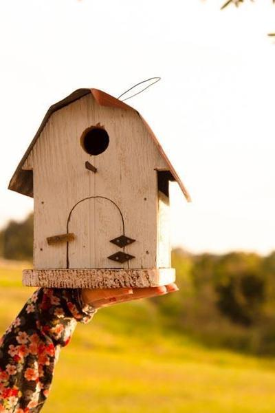Rustic Barn-Style Bird House - Small