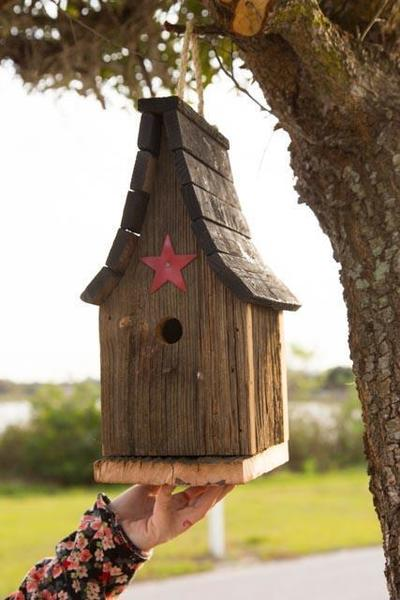 Amish Rustic Tall Wren Bird House