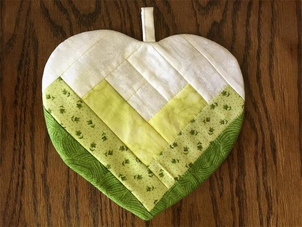Amish Hot Pad Quilted Heart Pattern