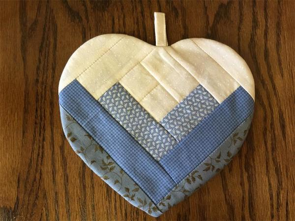 Amish Made Heart Shaped Pot Holder