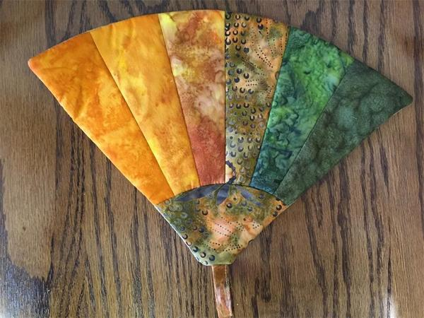 Amish Hot Pad Quilted Fan Pattern with Batik Fabrics