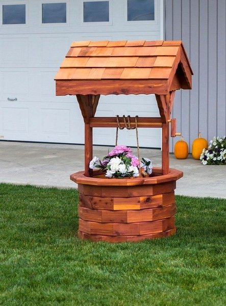 Large Amish Made Ornamental Wishing Well