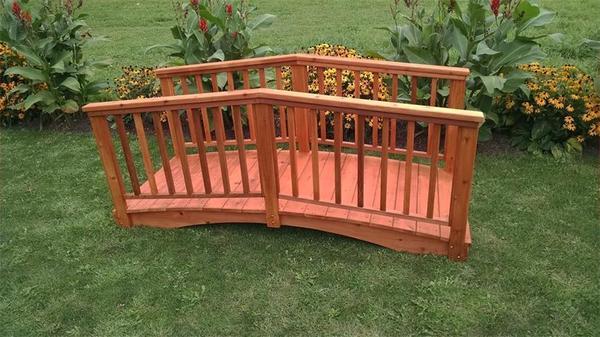 Amish Cedar Wood Baluster Garden Bridge