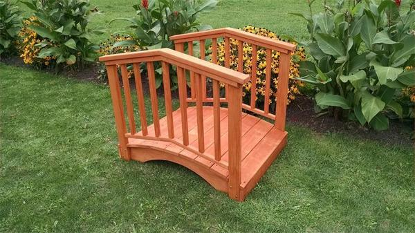 Amish Pine 3' x 4' Garden Bridge