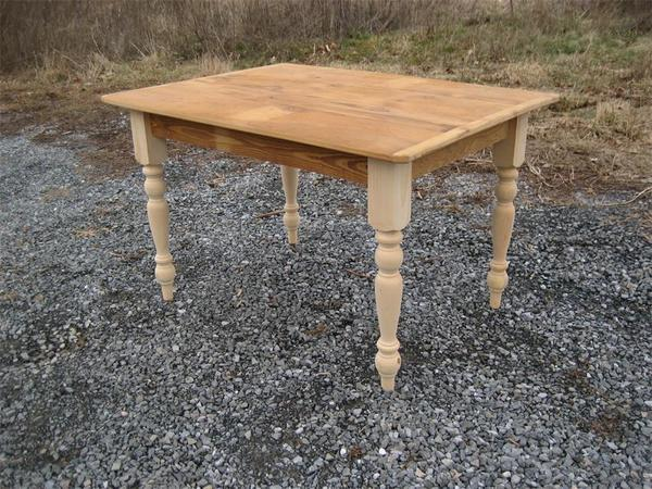 Amish Reclaimed Barn Wood Desk with Turned Legs