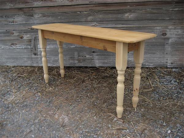 Amish Reclaimed Barn Wood Sofa Table with Turned Legs