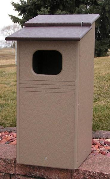 Amish Backyard Bird Poly Duck Box