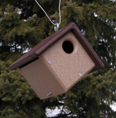 Amish Poly Small Wren Bird House