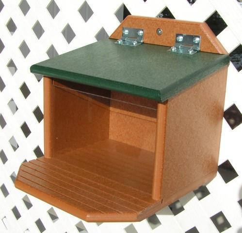 Amish Poly Squirrel Munch Box Feeder