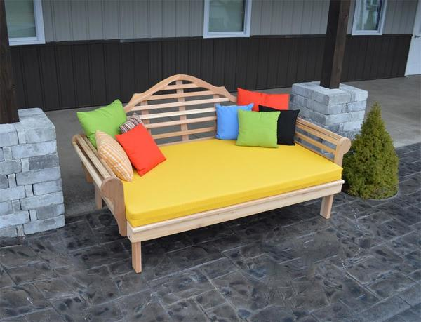 Amish Cedar Wood Marlboro Daybed