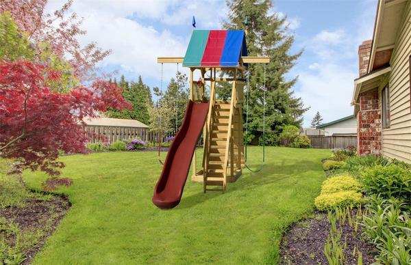 Play Mor Extreme Space Saver Swing Set