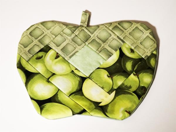Green Apple Hot Pad