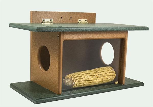 Eco Friendly Poly Squirrel House Feeder